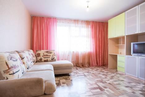 Сдается 1-комнатная квартира посуточно в Красноярске, улица Академика Киренского, 29.