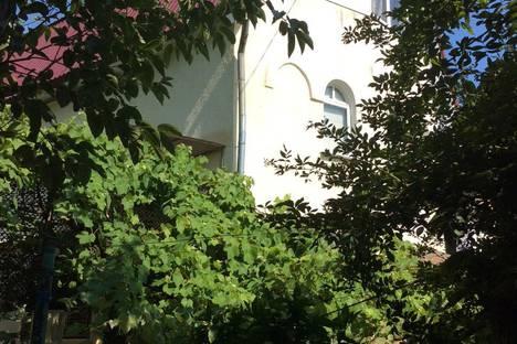 Сдается коттедж посуточно в Сочи, Мамайка, улица Ландышевая.