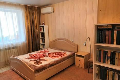 Сдается 1-комнатная квартира посуточно в Омске, улица Туполева, 8.