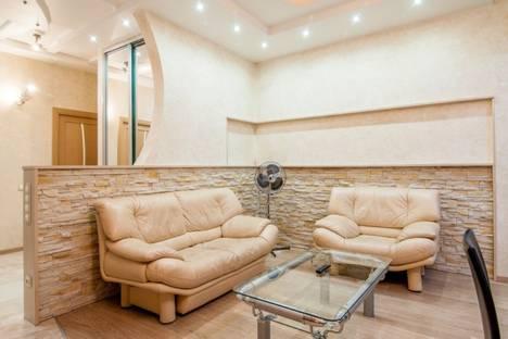 Сдается 3-комнатная квартира посуточно в Анапе, улица Крылова, 12.