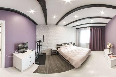Сдается 1-комнатная квартира посуточно, проспект Пролетарский, 35.