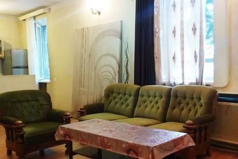 Сдается коттедж посуточно в Тбилиси, ул. Р. Уридиа 57.