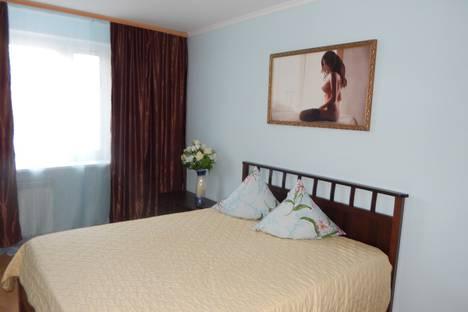 Сдается 3-комнатная квартира посуточно в Тюмени, улица Профсоюзная, 30.