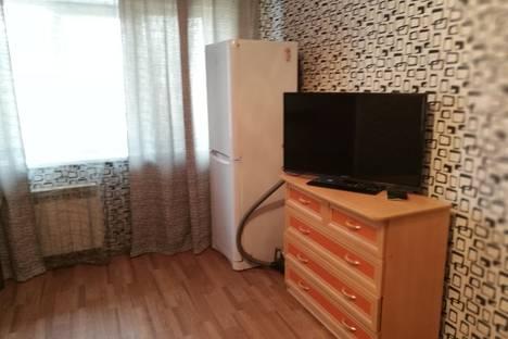 Сдается 2-комнатная квартира посуточно в Комсомольске-на-Амуре, улица Комсомольская, 32/3.