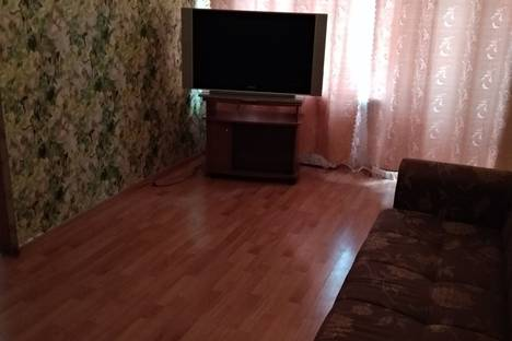 Сдается 2-комнатная квартира посуточно в Рязани, Первомайский проспект, 60.