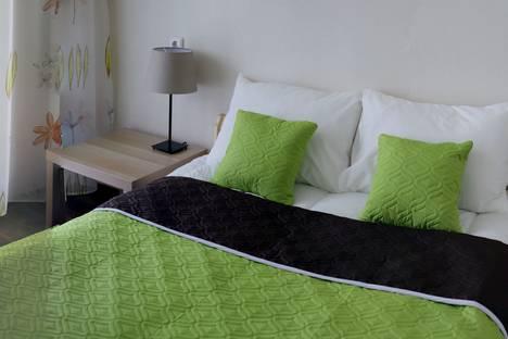Сдается 3-комнатная квартира посуточно в Челябинске, улица Университетская Набережная, 44.