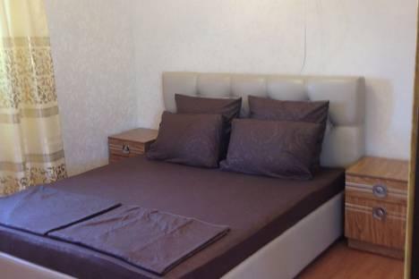 Сдается 3-комнатная квартира посуточно в Астрахани, Красноармейская улица, 31.