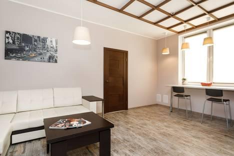 Сдается 2-комнатная квартира посуточно в Екатеринбурге, улица Татищева, 47а.
