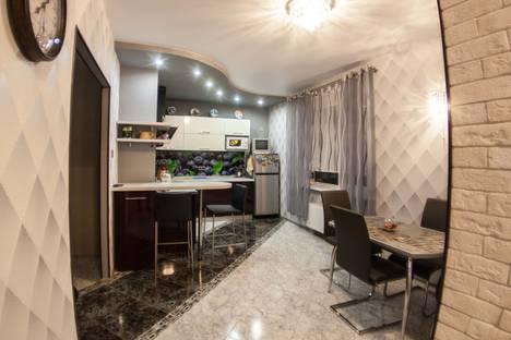 Сдается 2-комнатная квартира посуточно в Воронеже, проспект Ленинский, 124б.