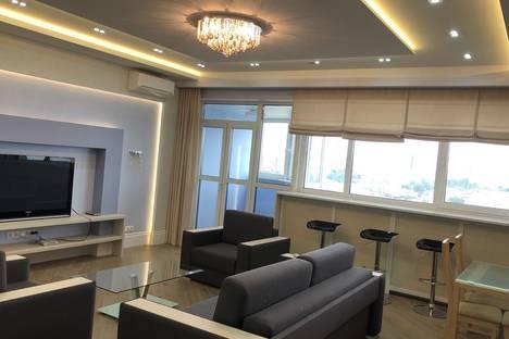 Сдается 4-комнатная квартира посуточно в Минске, улица Сторожовская, 6.