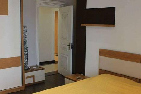 Сдается 2-комнатная квартира посуточно в Батуми, Batumi, Zurab Gorgiladze Street, 94.