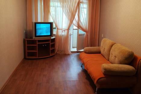 Сдается 2-комнатная квартира посуточно, Интернациональный проспект, 49.