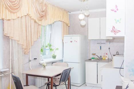 Сдается 3-комнатная квартира посуточно, проспект Строителей, 10.