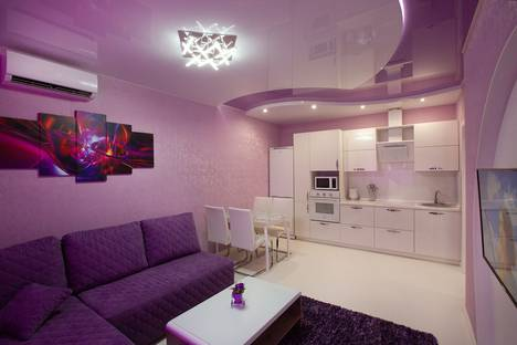 Сдается 2-комнатная квартира посуточно в Южно-Сахалинске, Больничная улица, 2/3.