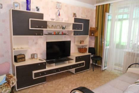 Сдается 2-комнатная квартира посуточно в Феодосии, ул.Советская д.14.