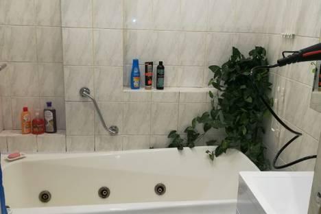 Сдается 2-комнатная квартира посуточно в Жуковском, улица Фрунзе, 12.