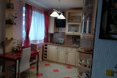 Сдается 2-комнатная квартира посуточно в Минске, улица Городской Вал, 9.