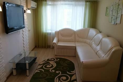 Сдается 2-комнатная квартира посуточно в Никополе, Нікополь, вулиця Станиславського, 38.