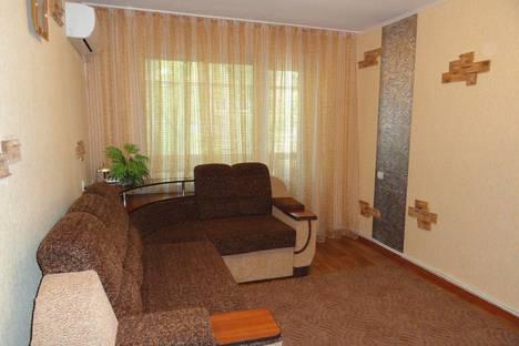 Сдается 2-комнатная квартира посуточно в Никополе, Нікополь, вулиця Шевченка, 186.