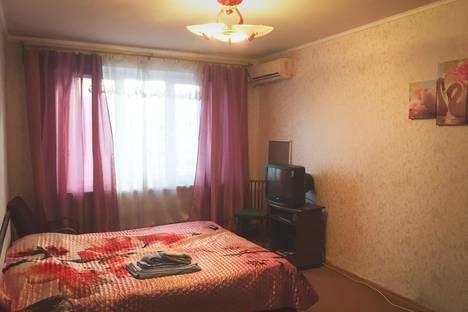 Сдается 1-комнатная квартира посуточно, проспект Королева, 9.