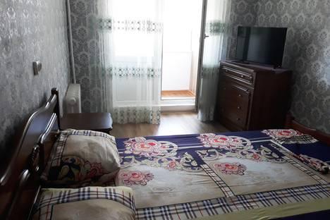Сдается 2-комнатная квартира посуточно в Евпатории, улица Демышева, 115.