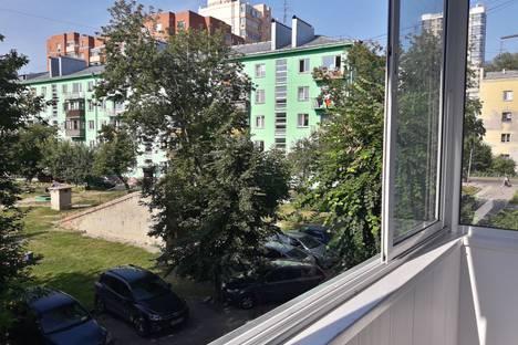 Сдается 1-комнатная квартира посуточно в Новосибирске, улица Ленина, 75.