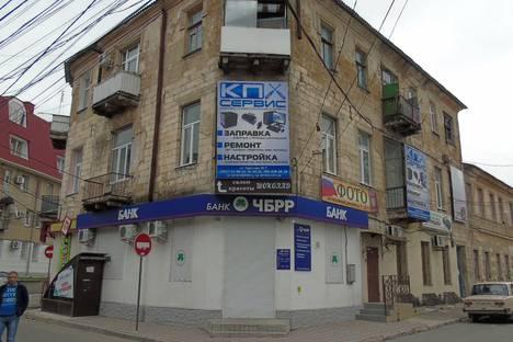 Сдается 4-комнатная квартира посуточно в Симферополе, Крым,Большевистская улица, 7.