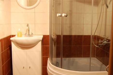 Сдается 1-комнатная квартира посуточно, проспект Ленинский, 15.