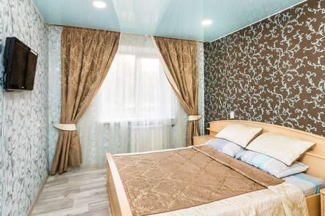 Сдается 2-комнатная квартира посуточно в Тюмени, улица Мельникайте, 129.