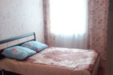 Сдается 2-комнатная квартира посуточно в Каменск-Уральском, улица Кунавина, 26.