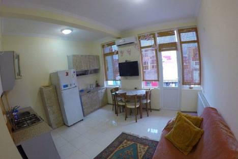 Сдается 1-комнатная квартира посуточно в Батуми, улице Zurab Gorgiladze 25.