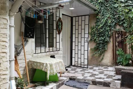 Сдается 1-комнатная квартира посуточно в Тбилиси, Тбилиси.Руставели 42.