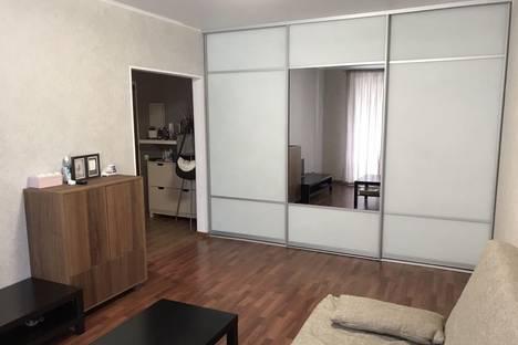 Сдается 1-комнатная квартира посуточно в Липецке, Нижняя Логовая улица, 6.