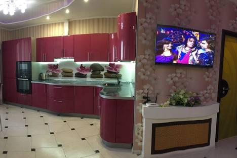 Сдается 2-комнатная квартира посуточно в Одинцове, ул Белорусская д.10.
