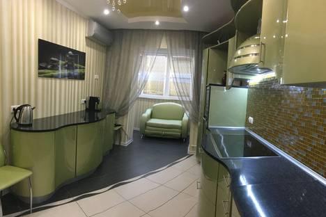 Сдается 2-комнатная квартира посуточно в Одинцове, ул Маковского д16.