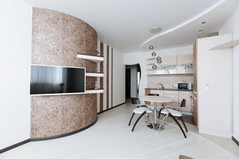 Сдается 1-комнатная квартира посуточно в Новосибирске, улица Державина, 92.
