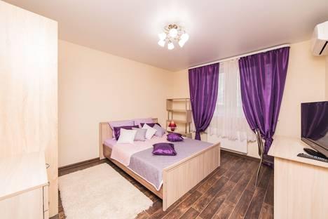 Сдается 1-комнатная квартира посуточно в Тюмени, улица 50 Лет Октября 57а/1.