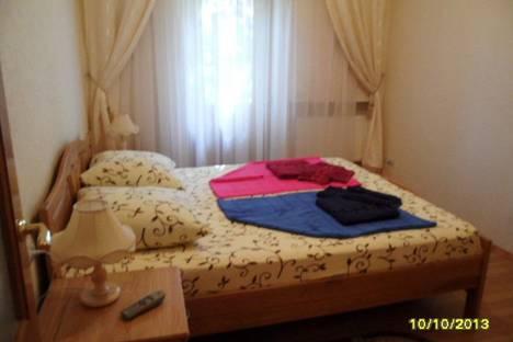 Сдается 2-комнатная квартира посуточно в Евпатории, Санаторская улица, 12,.