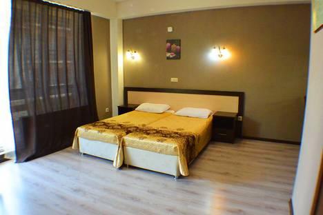 Сдается 1-комнатная квартира посуточно в Красной Поляне, улица Калиновая, 9.