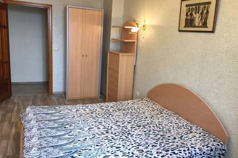 Сдается 2-комнатная квартира посуточно, улица Советская, 23.