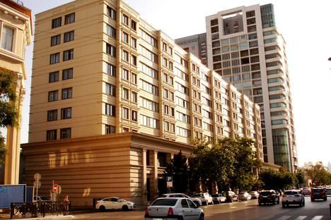Сдается 2-комнатная квартира посуточно в Баку, ул 28 мая дом 66/68.