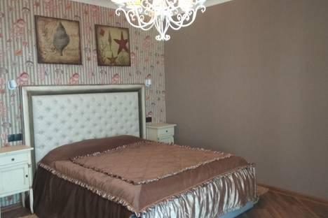 Сдается 2-комнатная квартира посуточно в Никите, Ялта,пляж Никитского Ботанического сада.