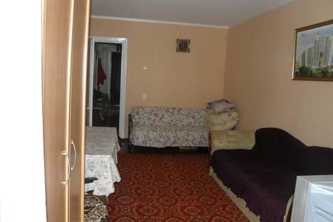 Сдается 1-комнатная квартира посуточно в Алупке, улица Западная, 18.