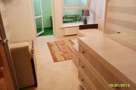 Сдается 1-комнатная квартира посуточно в Евпатории, улица Революции, 15.