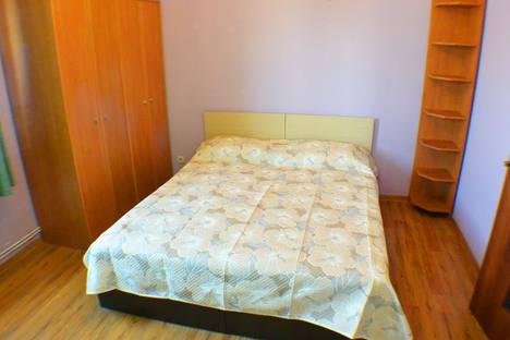 Сдается 3-комнатная квартира посуточно в Адлере, Большой Сочи, улица Демократическая, 43.