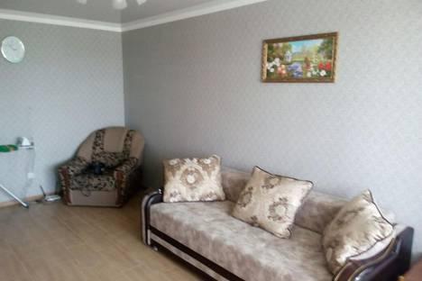Сдается 1-комнатная квартира посуточно в Керчи, улица Кирова, 119.