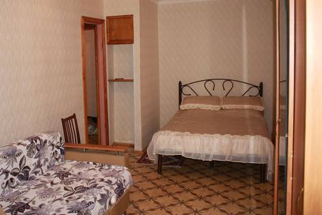 Сдается 1-комнатная квартира посуточно в Кисловодске, Велинградская улица, 33.