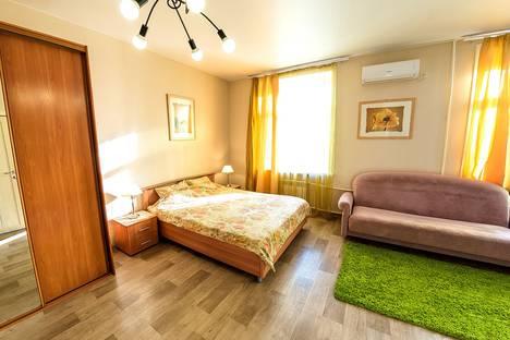 Сдается 1-комнатная квартира посуточно в Хабаровске, улица Гоголя, 16.
