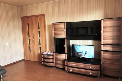 Сдается 2-комнатная квартира посуточно в Челябинске, улица 5-я Электровозная, 3Б.