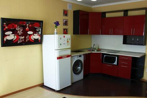 Сдается 2-комнатная квартира посуточно в Бийске, улица Трофимова, 113 корпус 1.